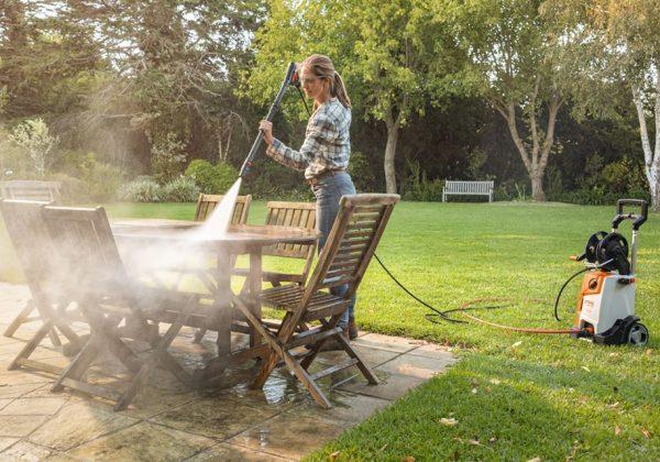 Czy wiesz jak prawidłowo czyścić swoje meble ogrodowe !?!